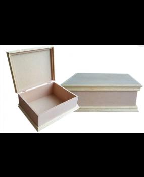 Κουτί με κορνιζάκι